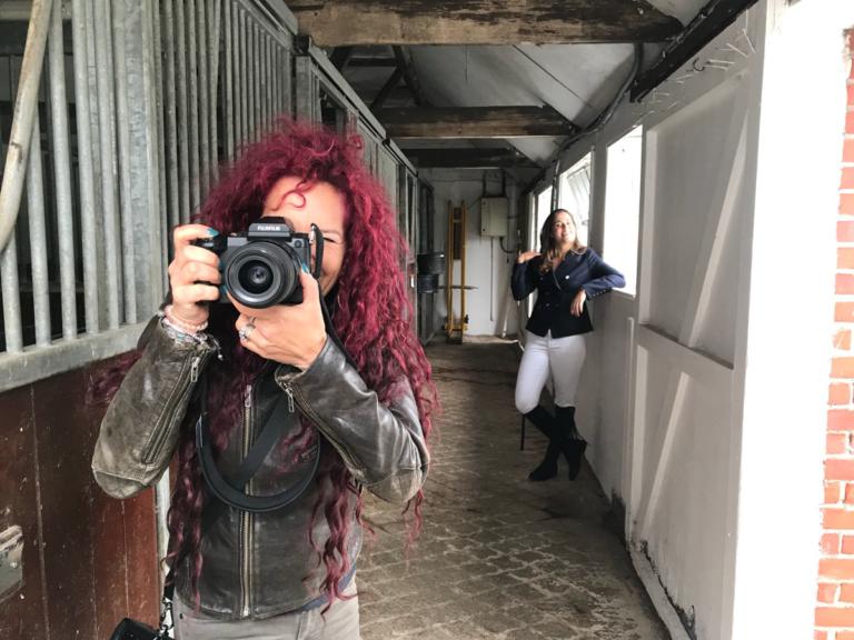 Horse Portrait Photographer Emma Ziff_Behind the scenes_00