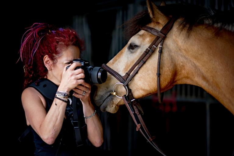 Horse Portrait Photographer Emma Ziff_Behind the scenes_07